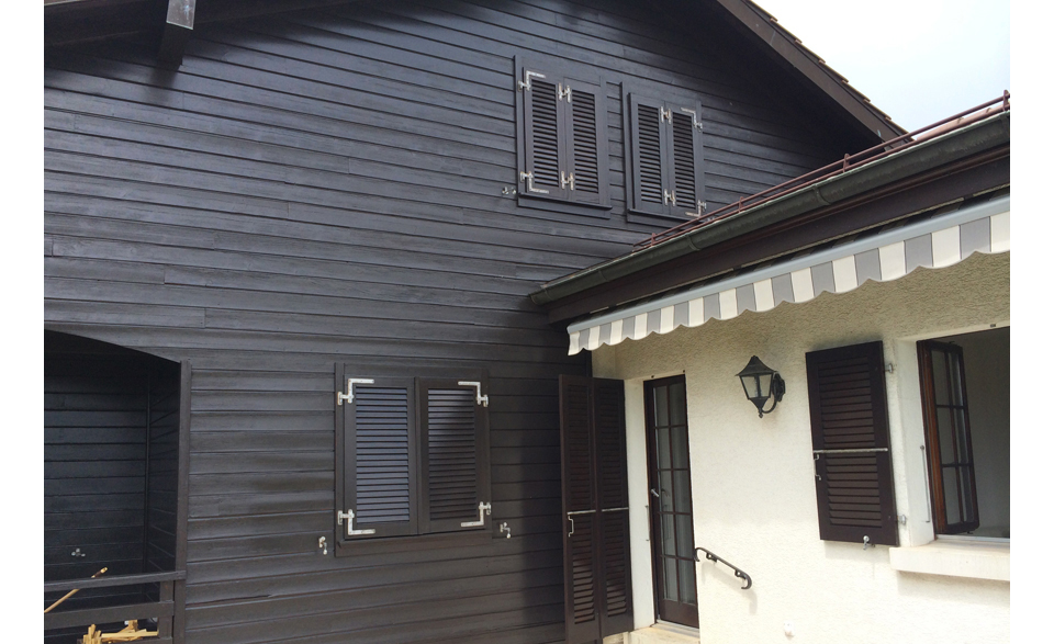Rénovation de la façade d'un chalet à Collex