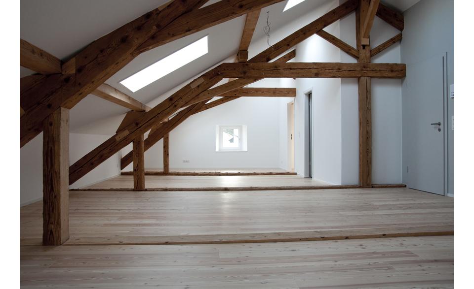 Création d'un appartement dans les combles à Lavigny